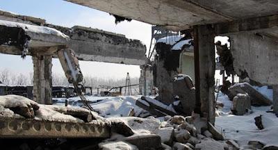 На Донбассе – снова десятки обстрелов