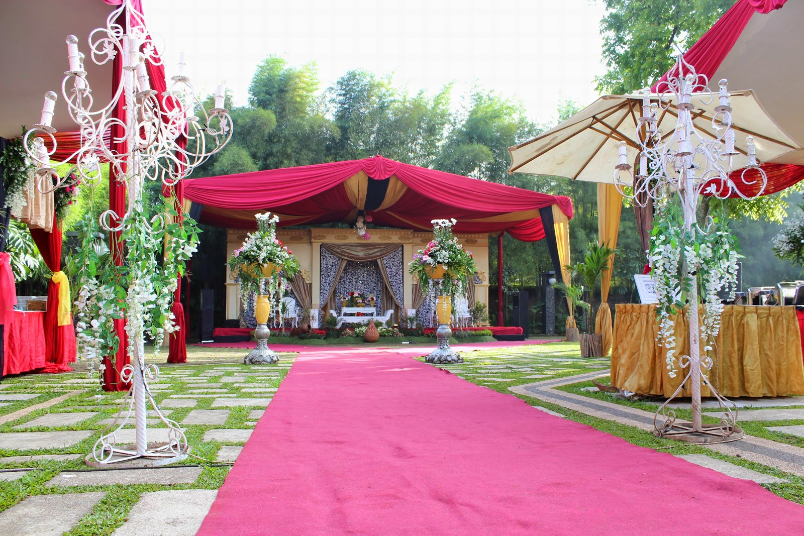 dekorasi wedding outdoor
