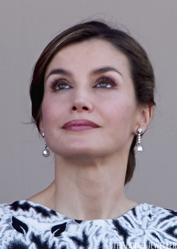 A Queen Letizia Earring Update The Court Jeweller