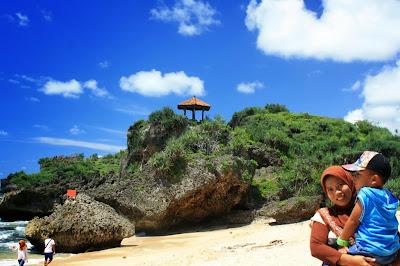 Pantai Kukup di Gunungkidul