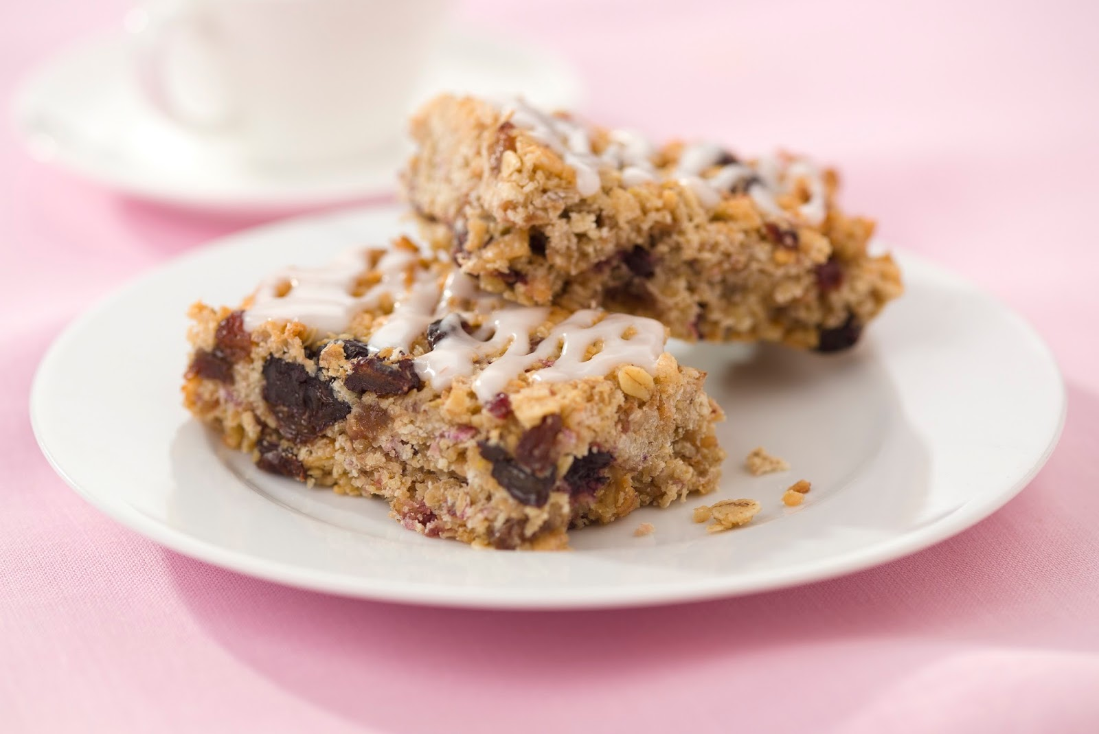 Rhubarb Breakfast Bars