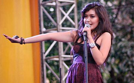 Sarah Saputri - Pilu