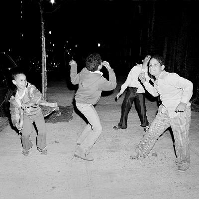 http://www.merylmeisler.com/wp-content/uploads/2015/08/kids_dance_92st.jpg