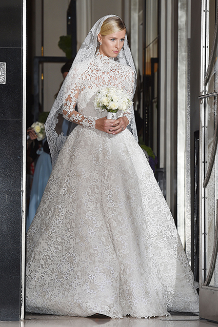 ... The Western Custom Of A Bride Wearing A White Wedding Dress Came To  Symbolize Purity Not · Victorian ...