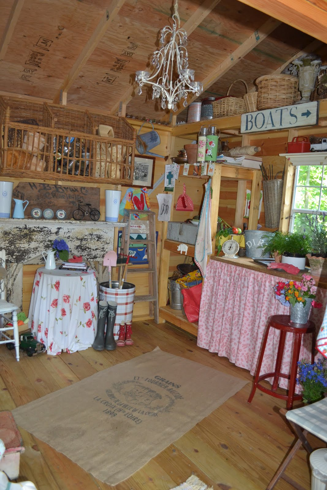 10x10 Room Layout Craft: Three Pixie Lane: My Work Space...A Shed