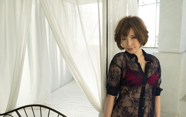 Satomi Yuria 里美ゆりあ Images 画像 12