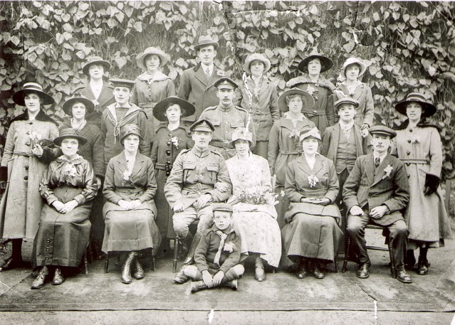 Rose family wedding photo 24 February 1918 at All Souls, Hackney
