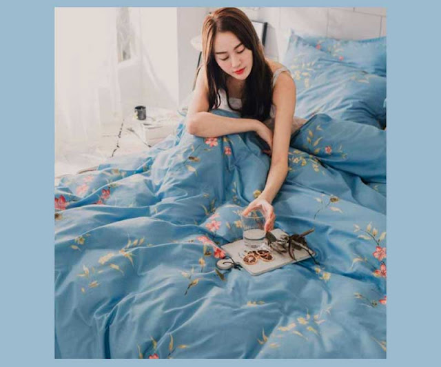 Floral Blue Duvet cover for girls bedroom