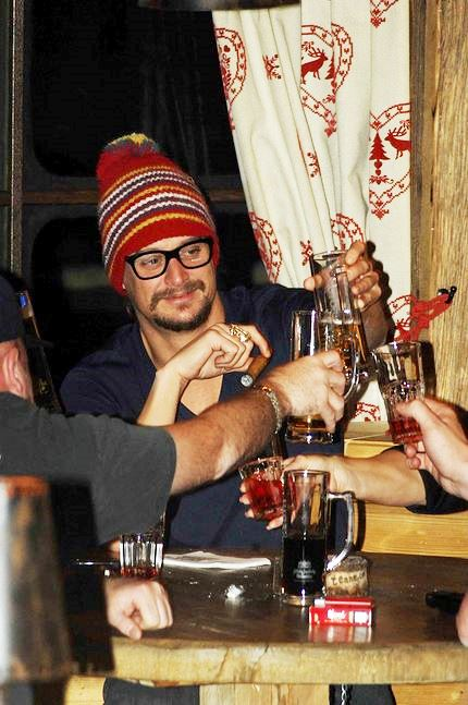 Kid Rock Hard Drinker Cigar Fashion Life Style
