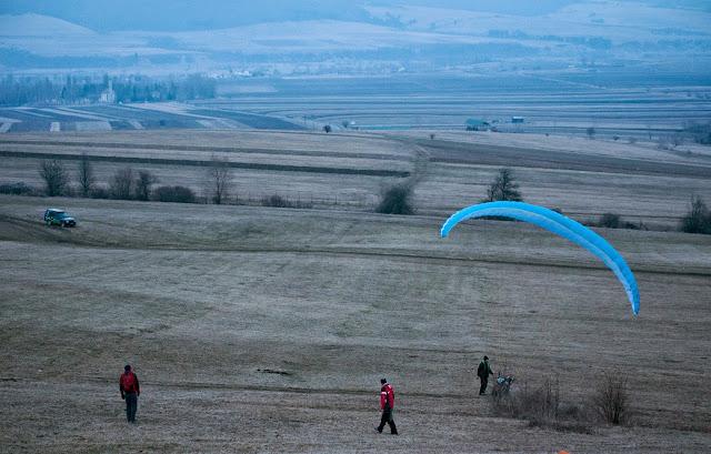 Primul zbor cu parapanta, Dealul Zalan