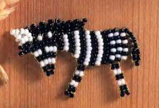 Простая зебра из бисера для начинающих
