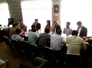 Indonesian Hotel General Manager Association (IHGMA) bersama Dinas Pariwisata Lampung pada rapat persiapan Hotel Great Sale 2019. - Foto: Dok. Humas Provinsi Lampung