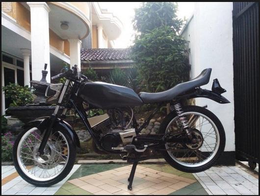 modifikasi keren motor rx king warna hitam