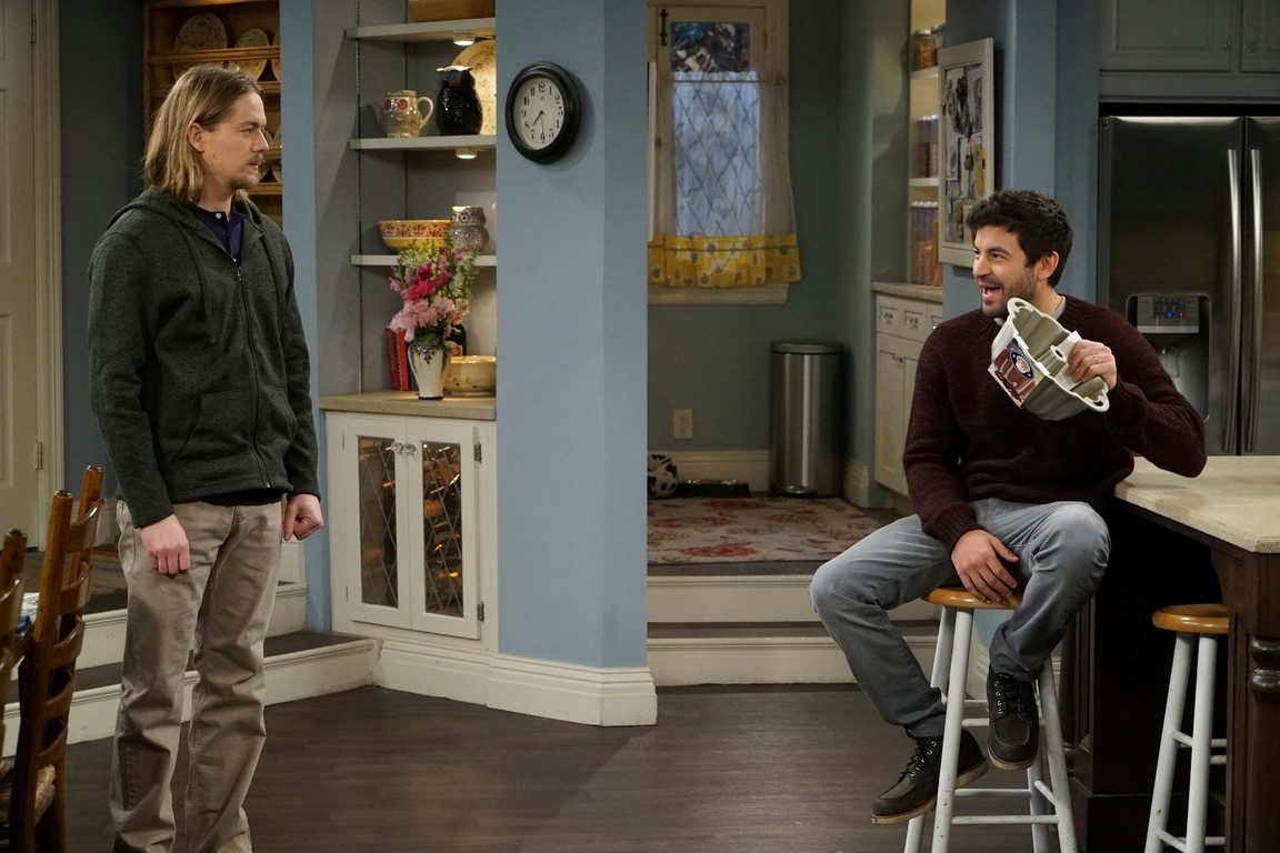 Last Man Standing - Season 6 Episode 14: A House Divided