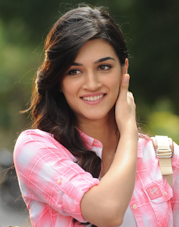 Kriti Sanon, Biography, Profile, Biodata, Family , Husband, Son, Daughter, Father, Mother, Children, Marriage Photos.