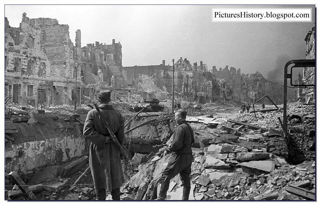 Berlin destroyed 1945