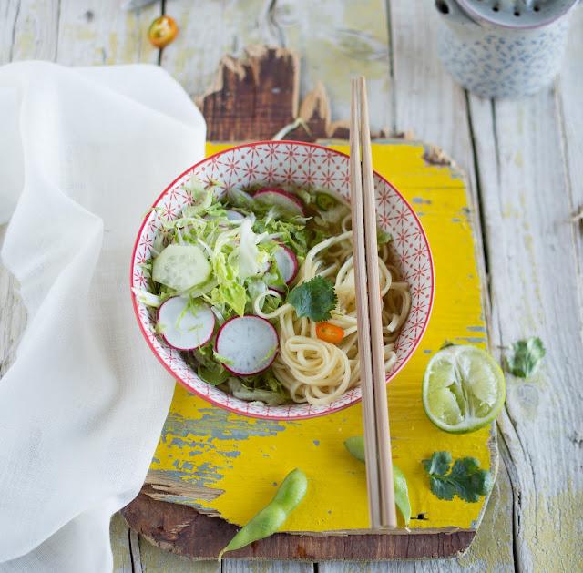 noodles di miso alle verdure