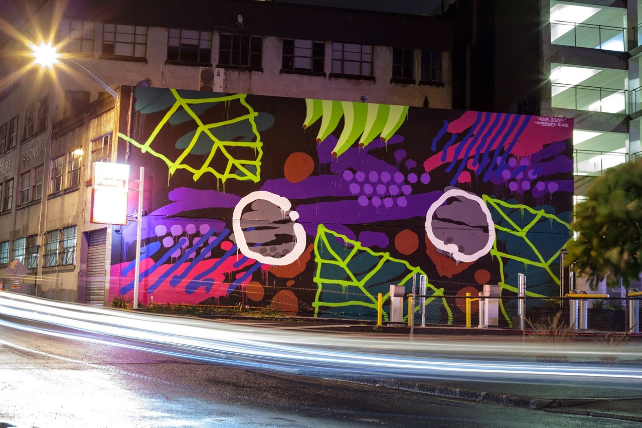 Our friend Askew One is back in his homeland of New-Zealand where he just finished working on a brand new mural on the streets of Auckland.