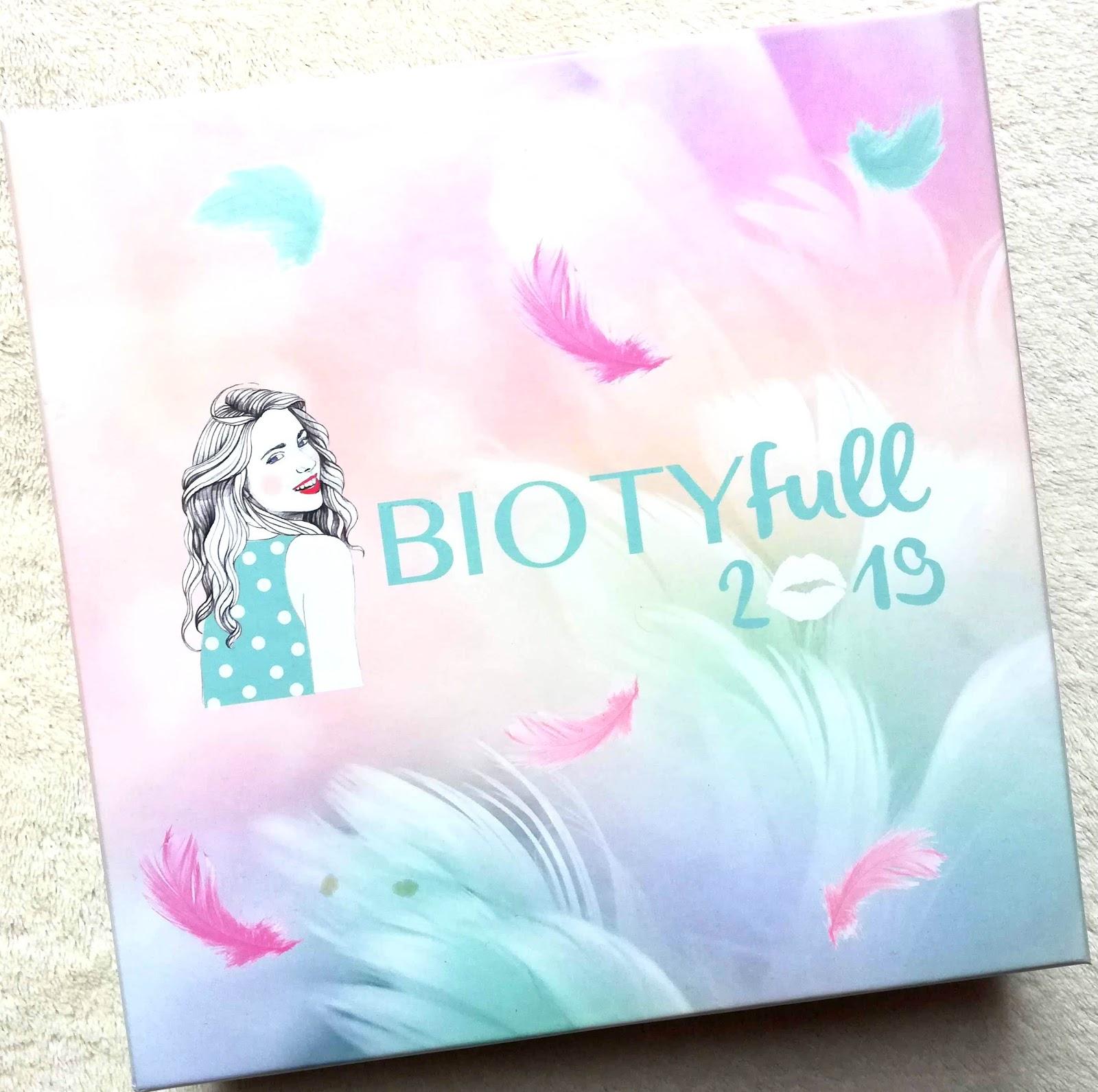 BIOTYfull Box Janvier 2019 / L'enveloppante cocooning