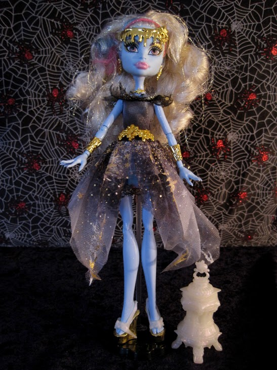 Monster High 13 Wishes Haunt the Casbah Abbey Bominable doll 1 jpgMonster High Dolls 13 Wishes Abbey