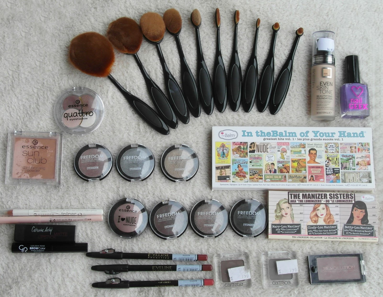 New things #12 [ESSENCE, Catrice, theBalm...]