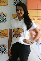 Actress Priya Anand with the Students of Shiksha Movement Event .COM 0005.jpg