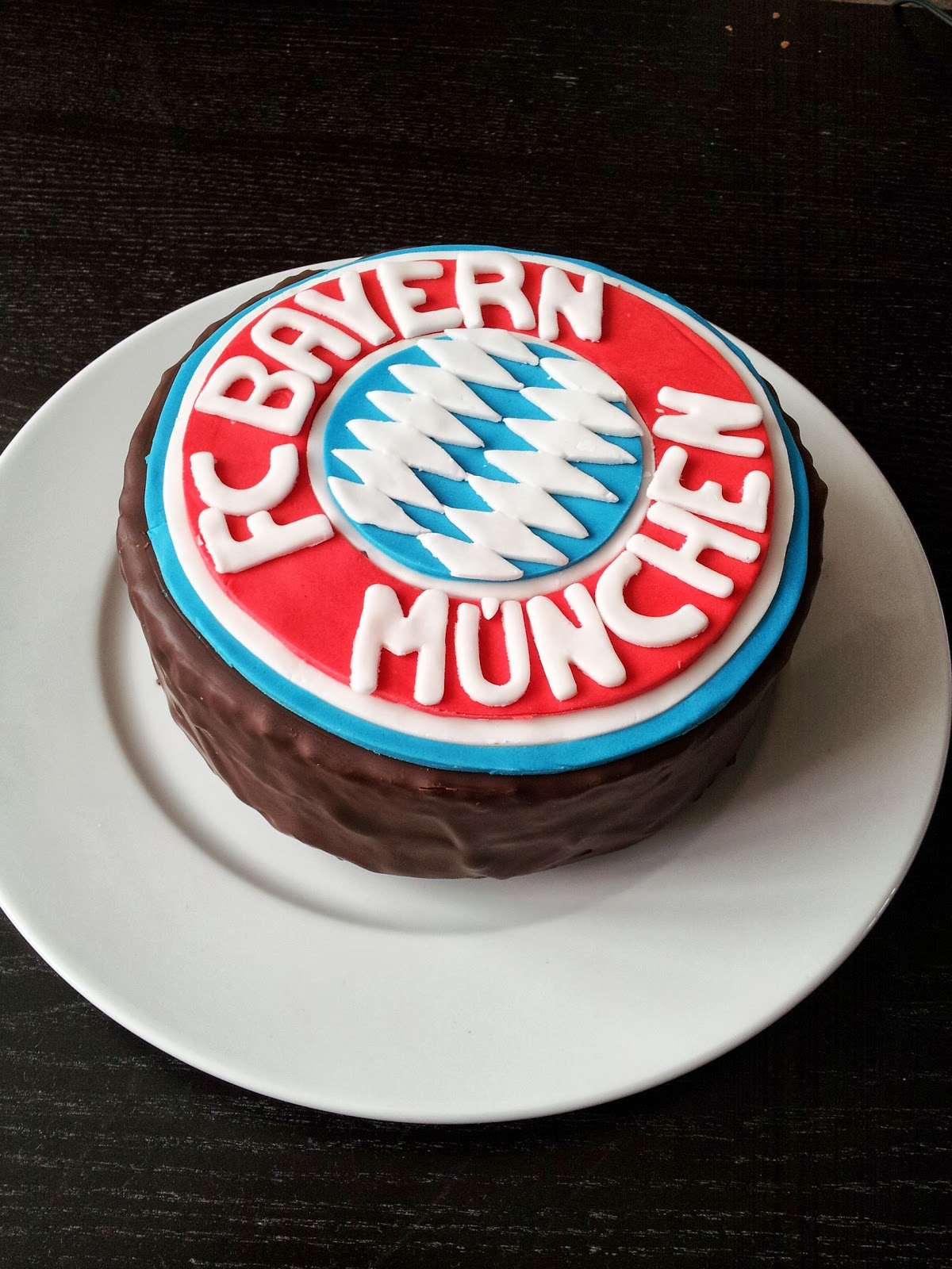 Karins Leckerer Backzauber Motivtorte Fc Bayern Munchen