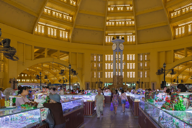 things to do in cambodia central market phnom penh