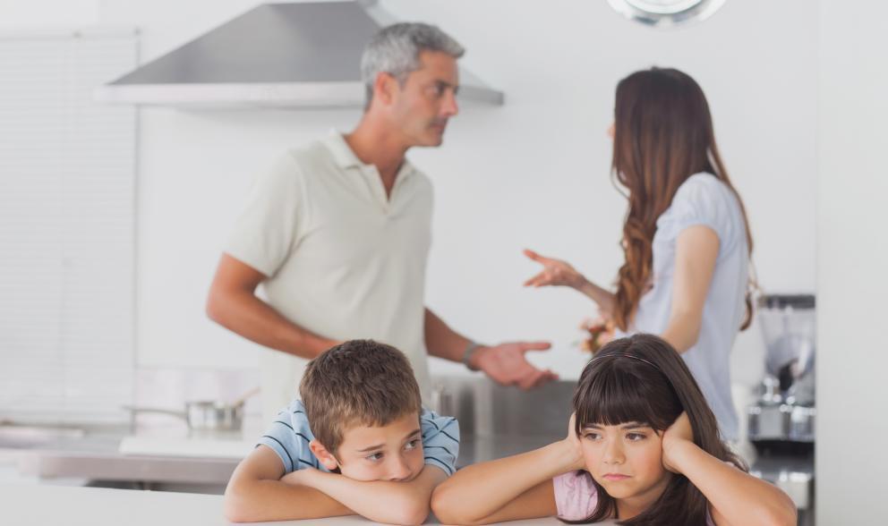 Se Duplica El Número De Menores Extranjeros En Canarias: ¿Afecta La Ciudad Donde Vive La Pareja En El Divorcio