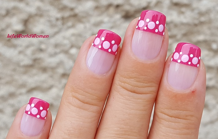 Life World Women Pink Straight French Tip Nails With Dot Design