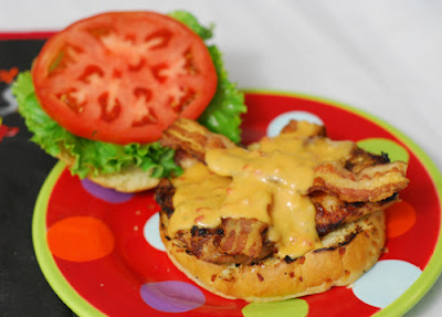 "grilled smoky mountain chicken ""cheeseburger"", chicken sandwich"