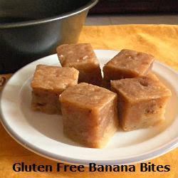 Gluten Free Banana Bites Recipe @ treatntrick.blogspot.com