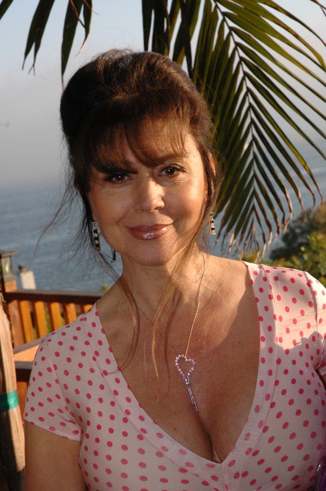 Ava Cadell