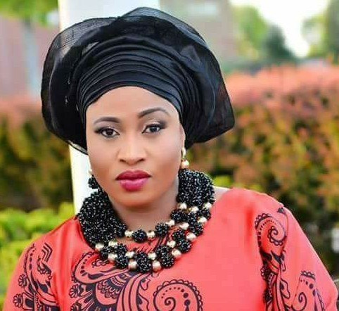 Late Actress Aisha Abimbola Breaks Down In Tears As Actress Lola Alao Wins Custody Battle Over Aisha Abimbola's Kids