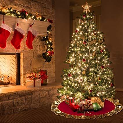 Albero Di Natale Origini.L Albero Di Natale L Origine Della Tradizione Quale Scegliere E Come Addobbarlo