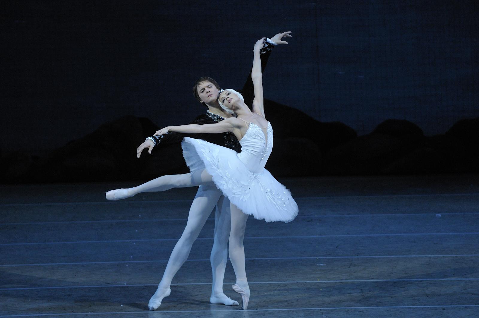 Dancing In Russian Dating 11
