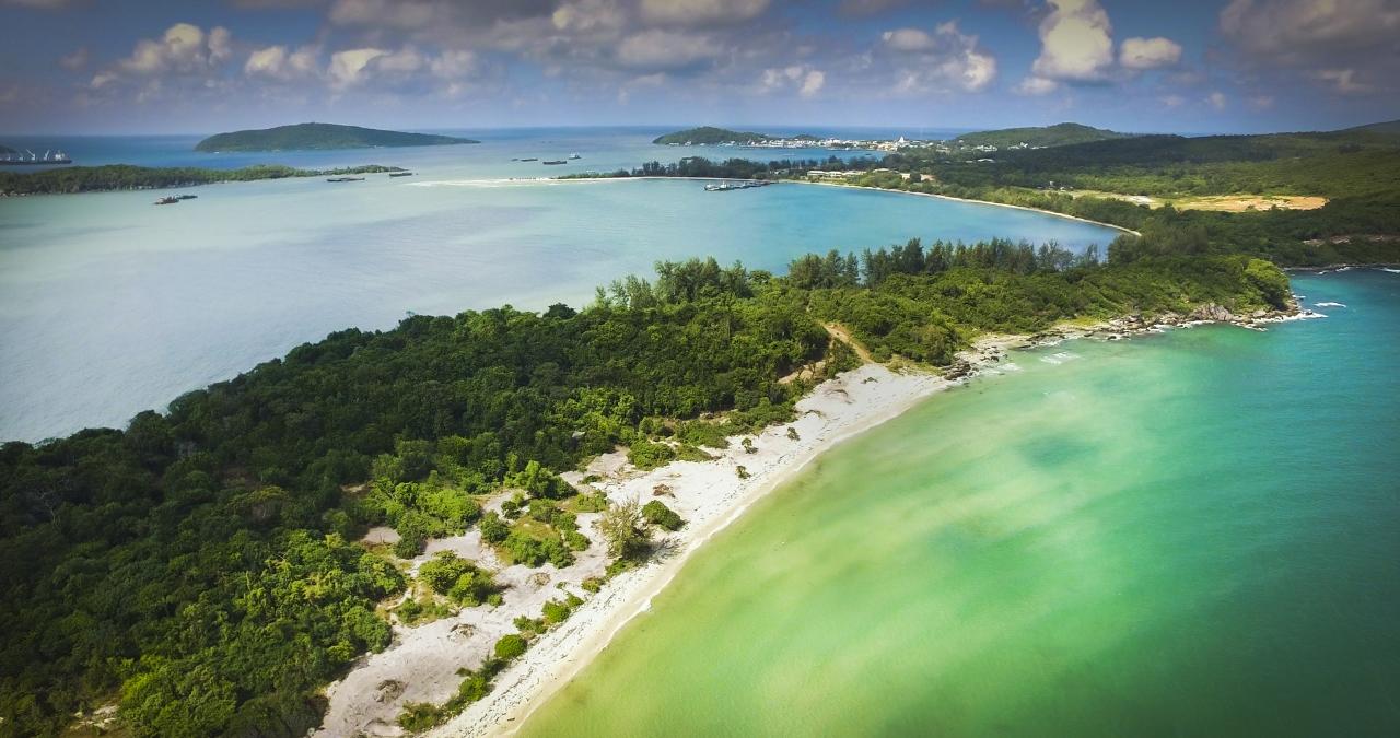 Phu Quoc Island is the best beach resort area in Vietnam - Thailand and Cambodia