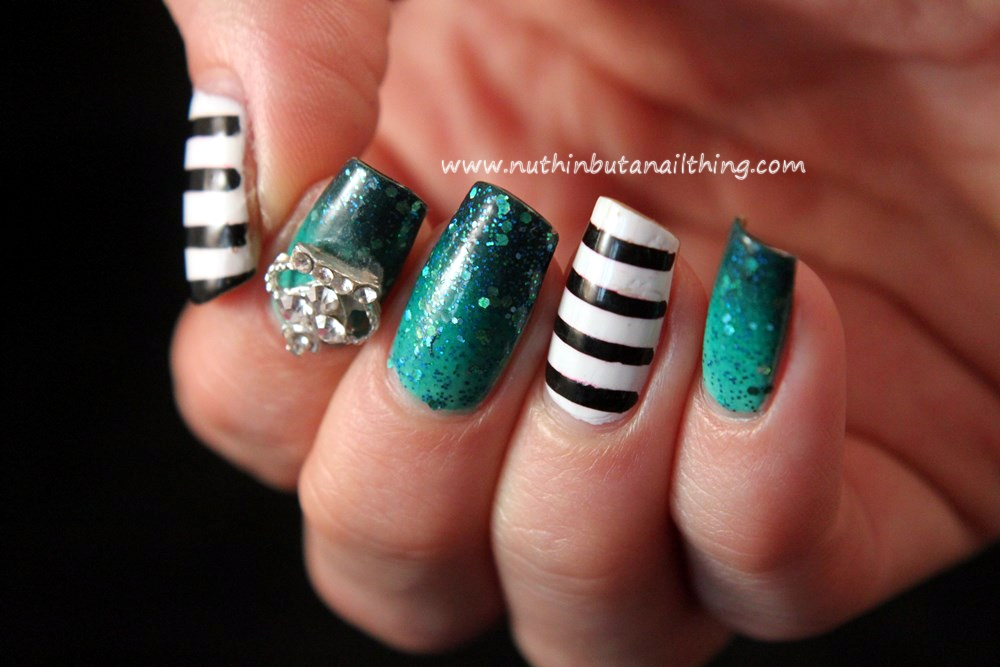 stripe nail art gradient regal