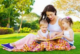 Cha mẹ dạy con đọc sách