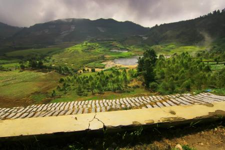 Wisata Kawah Sileri di Banjarnegara Jawa Tengah