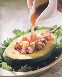 夏天開胃食譜,酪梨沙拉,夏天當季水果,水果創意料理食譜,水果食譜