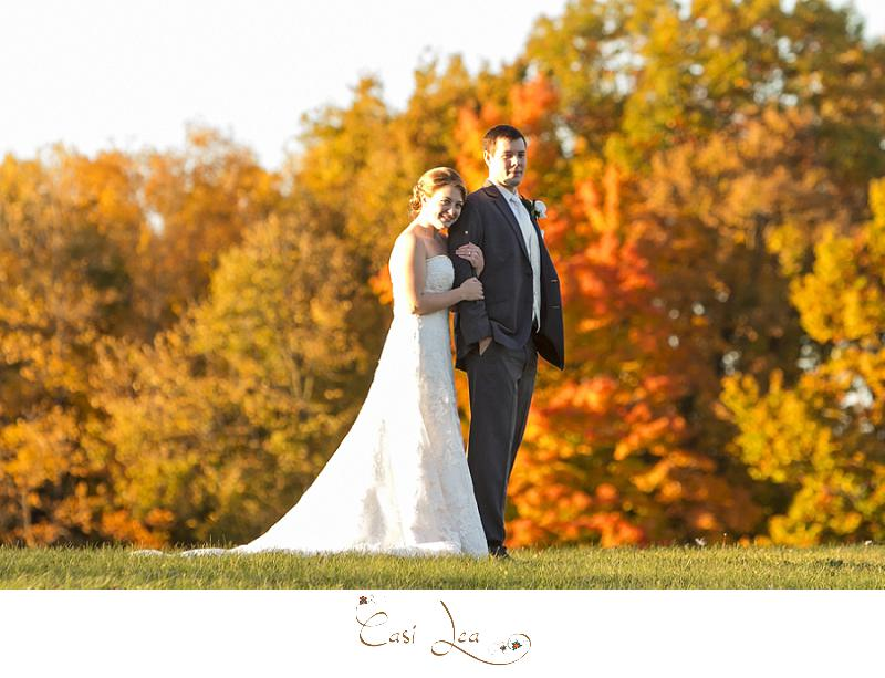 fall colors, autumn wedding, couple pictures, posing ideas, colorful