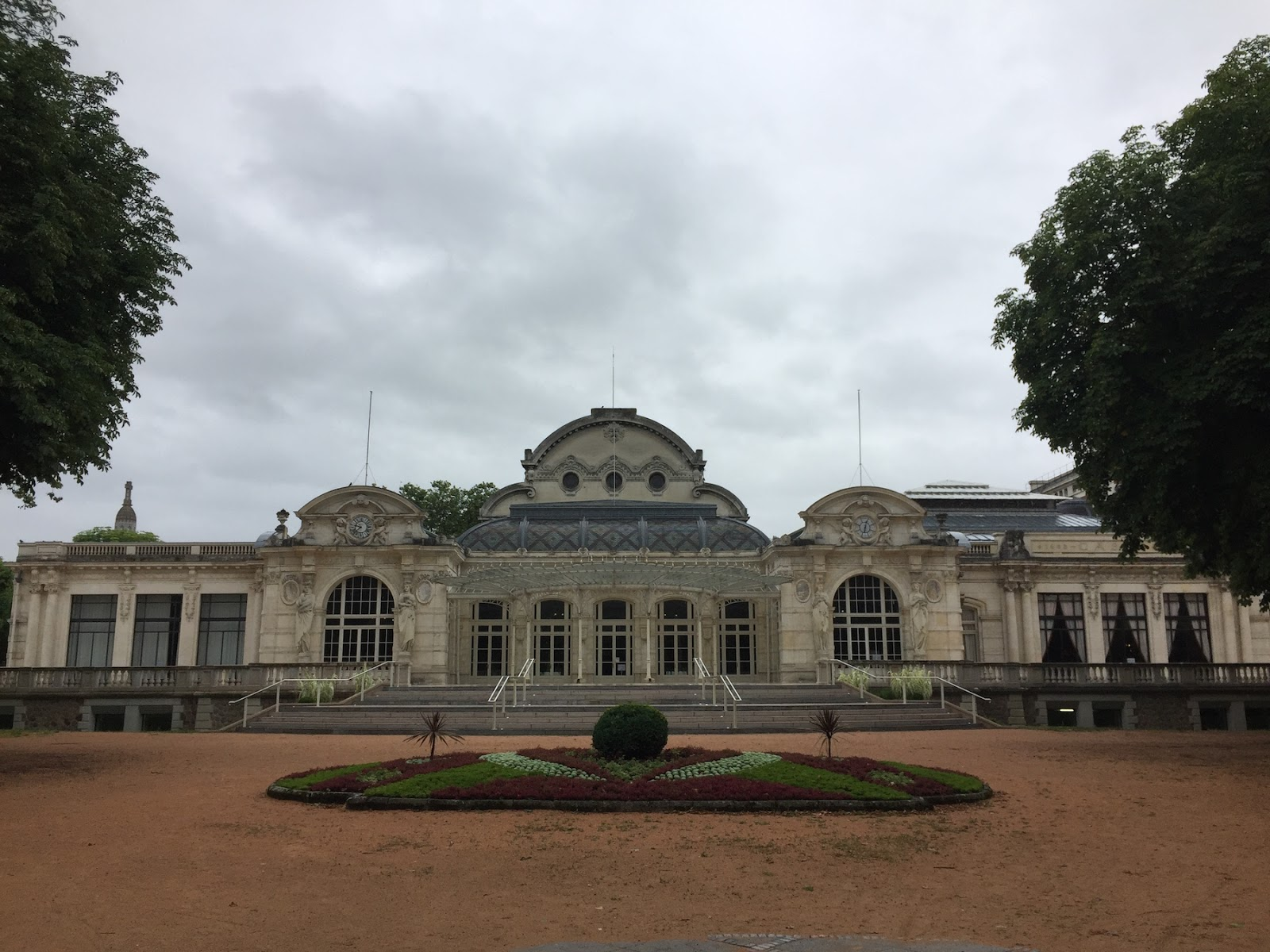 vichy travel guide review park palace