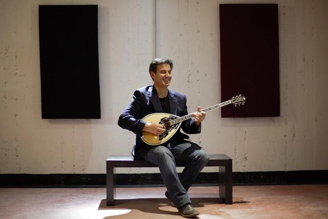 Ο Βαγγέλης Τρίγκας παρουσίασε το καινούργιο CD με τίτλο «Όπτιμα» (βίντεο)