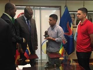 Venezuela y Mali firman convenio de cooperación deportiva