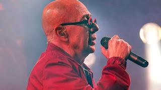 El cantante habló con la fiscal Susana Alonso luego del show musical en Olavarría, en el que murieron dos personas.