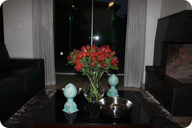 Sala com Lareira : Decoração do Jantar Dia dos Namorados