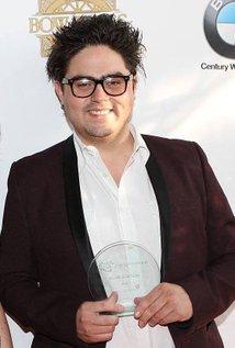 Alexander Tovar. Director of Show Business