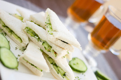 königliche Gurkensandwiches