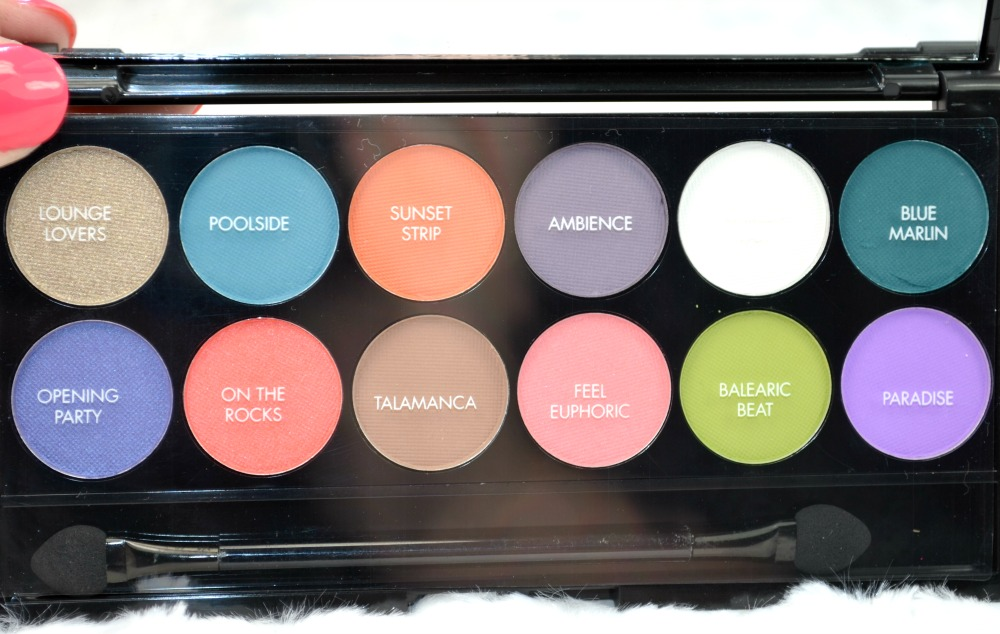 Sleek MakeUP Del Mar i-Divine Eyeshadow Palette Review, Swatches and GIVEAWAY!